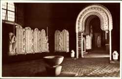 Ansichtskarte / Postkarte Meißen, Inneres der Kriegergedächtniskirche, staatliche Porzellanmanufaktur