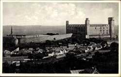 Postcard Poszony Pressburg Bratislava Slowakei, Burg mit Mauer, Siedlung