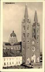 Foto Ak Djakovo Kroatien, Ansicht der Kathedrale Sveti Petar
