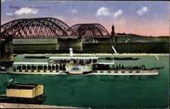 Postcard Riesa an der Elbe Sachsen, Dampfer Kaiser Wilhelm II. passiert Brücke