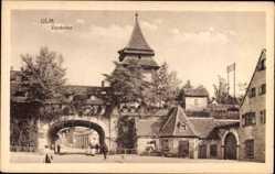 Postcard Ulm an der Donau Baden Württemberg, Straßenpartie am Zundeltor