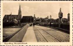 Postcard Regensburg an der Donau Oberpfalz, Die Steinerne Brücke