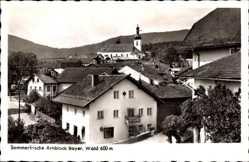 Postcard Arnbruck Bayerischer Wald, Teilansicht vom Ort, Kirche, Häuser, Straße