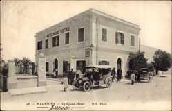 Ak Medenine Tunesien, Le Grand Hôtel, Straßenpartie vor dem Hotel