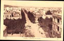 Ak Tunis Tunesien, Avenue de Paris, Straßenbahn, Blick auf den Ort