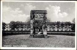 Ak Hofgeismar in Nordhessen, Kaserne mit Kriegerdenkmal
