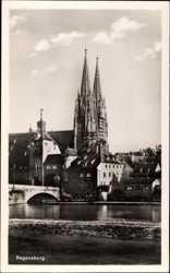 Partie am Fluss mit Kirche, Brücke