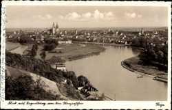 Blick auf die Stadt von den Winzerhöhen, Donau