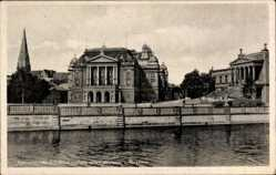 Staatstheater, Museum