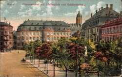 Gouvernement mit Schillerplatz