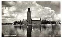 Rathaus am Wasser