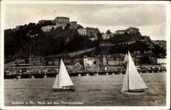 Blick auf Ehrenbreitstein, Segelboote