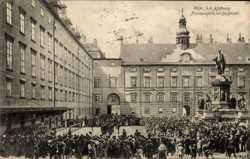 Hofburg, Franzensplatz, Burgmusik